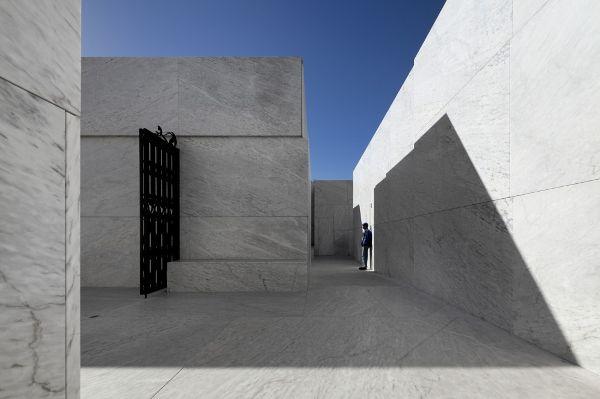 葡萄牙阿兰德拉某殡仪馆  Matos Gameiro Arquitectos 殡仪馆 (8)