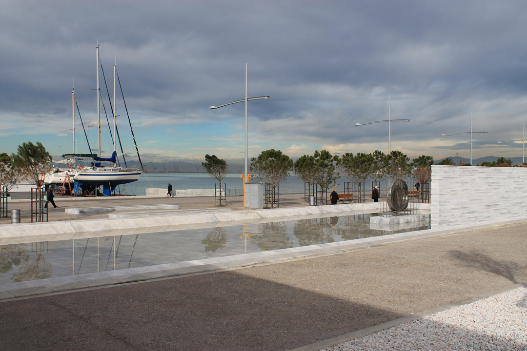 Thessaloniki在2000年启动海滨重建国际竞赛Redevelopment of the New Waterfront of Thessaloniki (11)