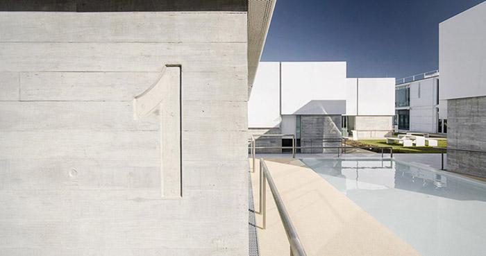 阿维罗社会福利综合体Social Complex in AlcabidecheGuedes Cruz Architecs (4)