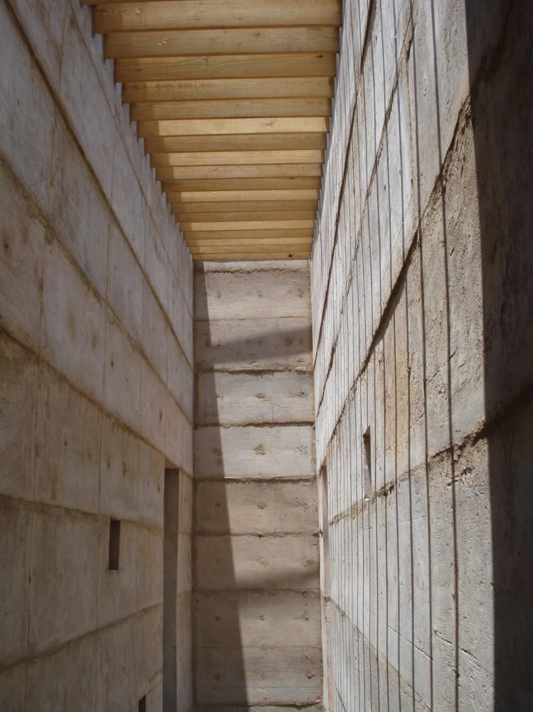 墨西哥拉科利纳住宅 La Colina FANARQ + THAA (18)