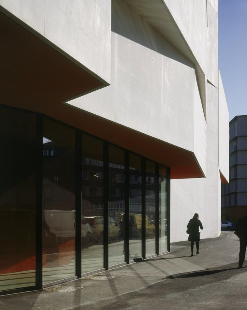 法国蒙特勒伊某剧院Dominique Coulon Architecte (20)