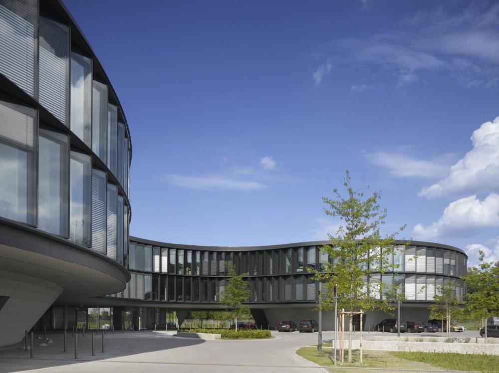 德国加尔兴南方天文台总部扩建 (1)