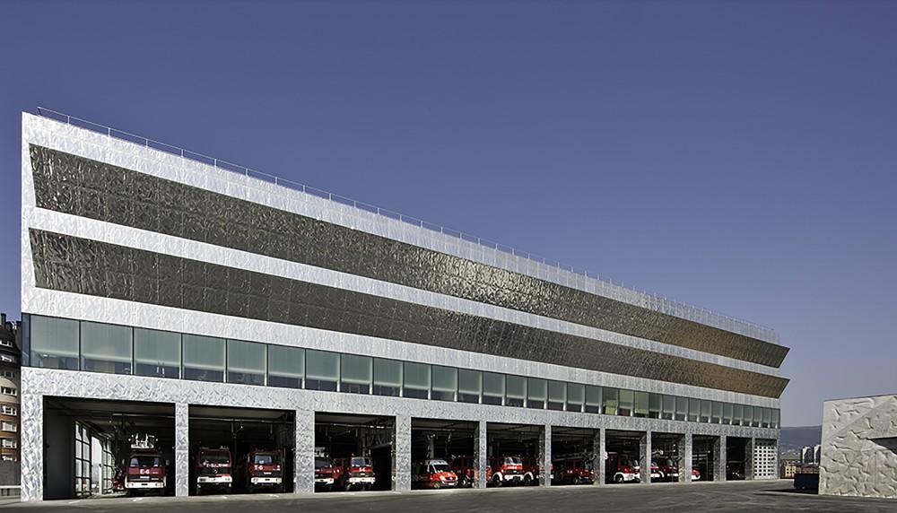西班牙毕尔巴鄂消防站 firemen house coll barreu arquitectos Coll-Barreu Arquitectos (1)