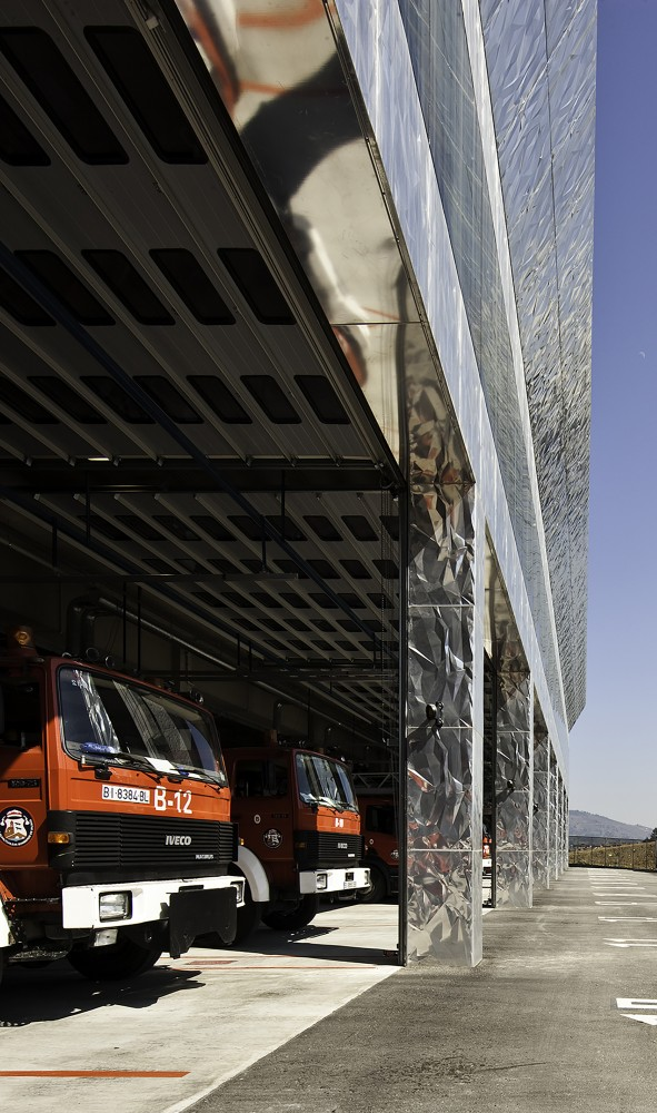 西班牙毕尔巴鄂消防站 firemen house coll barreu arquitectos Coll-Barreu Arquitectos (11)