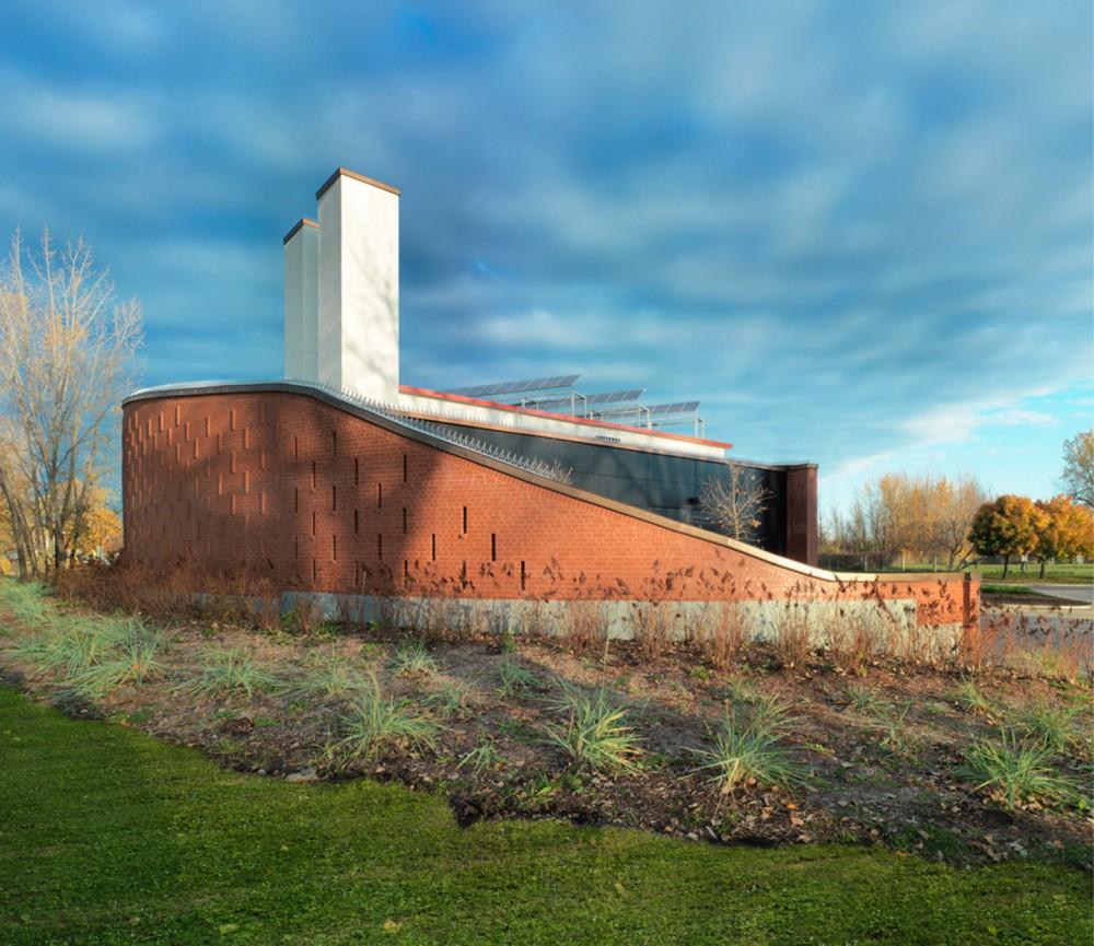 加拿大蒙特利尔拉萨尔水务设施大楼 (3)