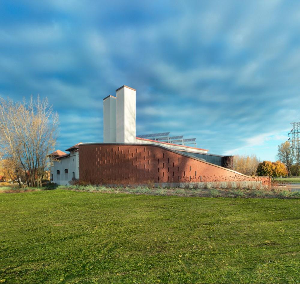 加拿大蒙特利尔拉萨尔水务设施大楼 (4)