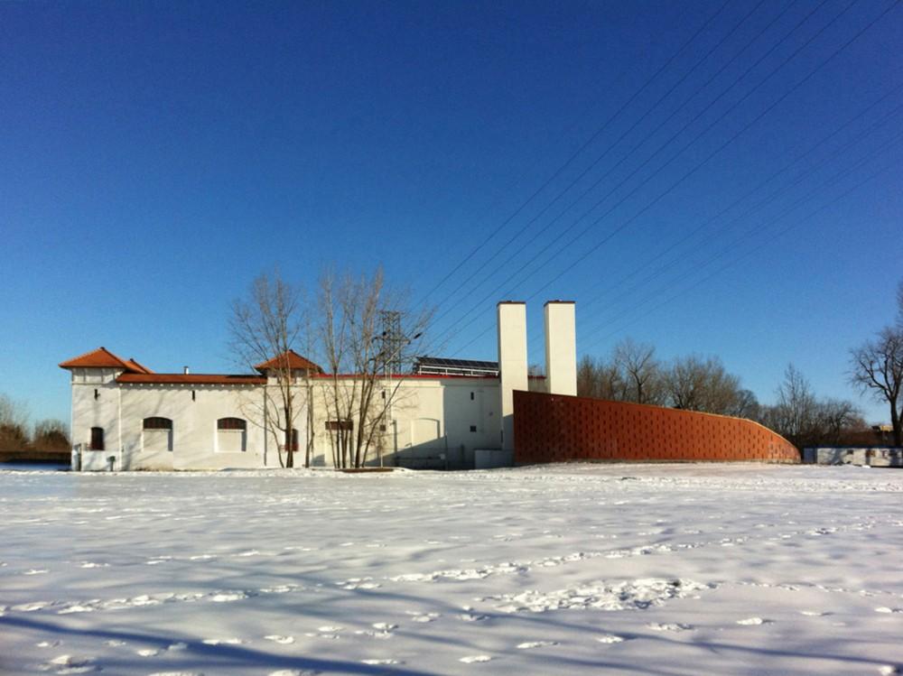 加拿大蒙特利尔拉萨尔水务设施大楼 (8)